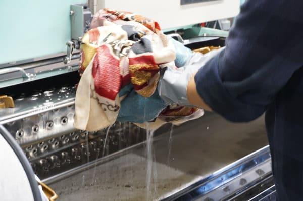 ドライマシーンで着物丸洗い